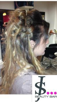 chignon-sur-cheveux-longs-chambery